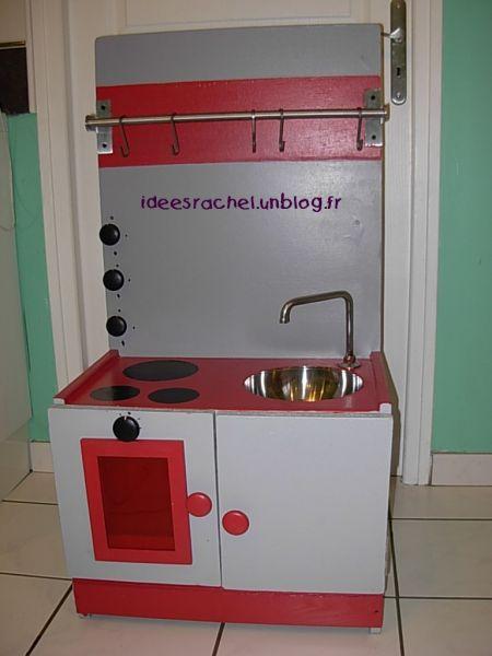 Les id es de rachel fabrication d une cuisine pour enfant for Construire une cuisine en bois