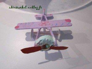 avion en batons de glace dans 3.travaux manuels IMG_0264-300x225